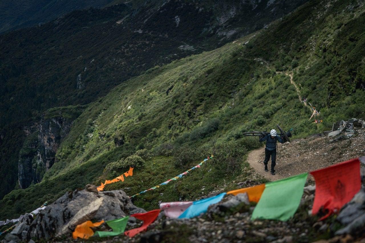 Kora: Bikepacking China's Himalaya Inspired By Pilgrimage