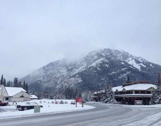 Climbing Through Pregnancy: Banff, Amnios and Breaking The News