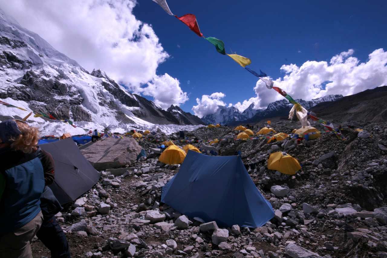 Drama At 21,000 Feet: Chad Kellogg Reports On The Everest Brawl