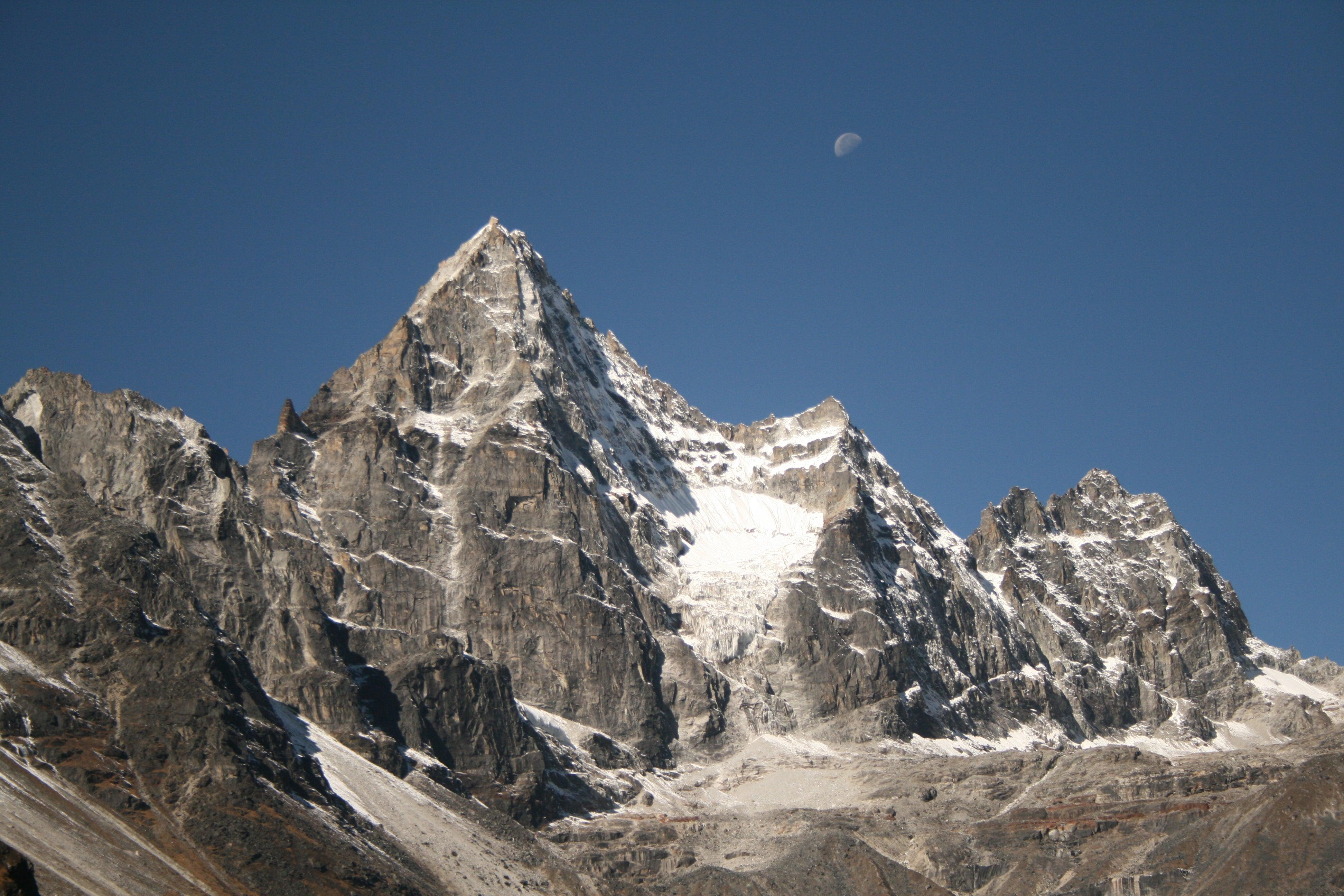 Into the Khumbu: Elusive Nepal