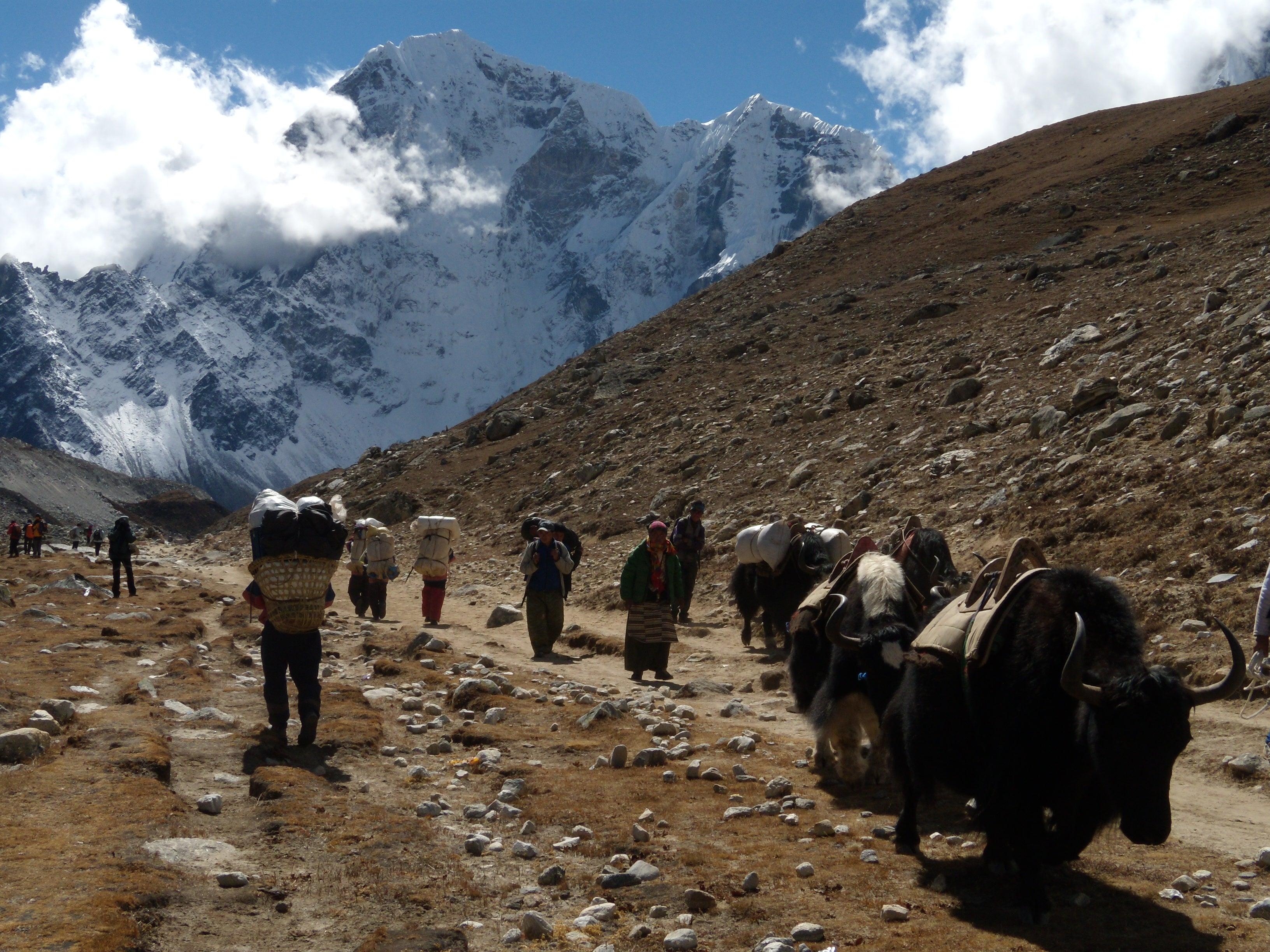 Into The Khumbu: Ama Dablam
