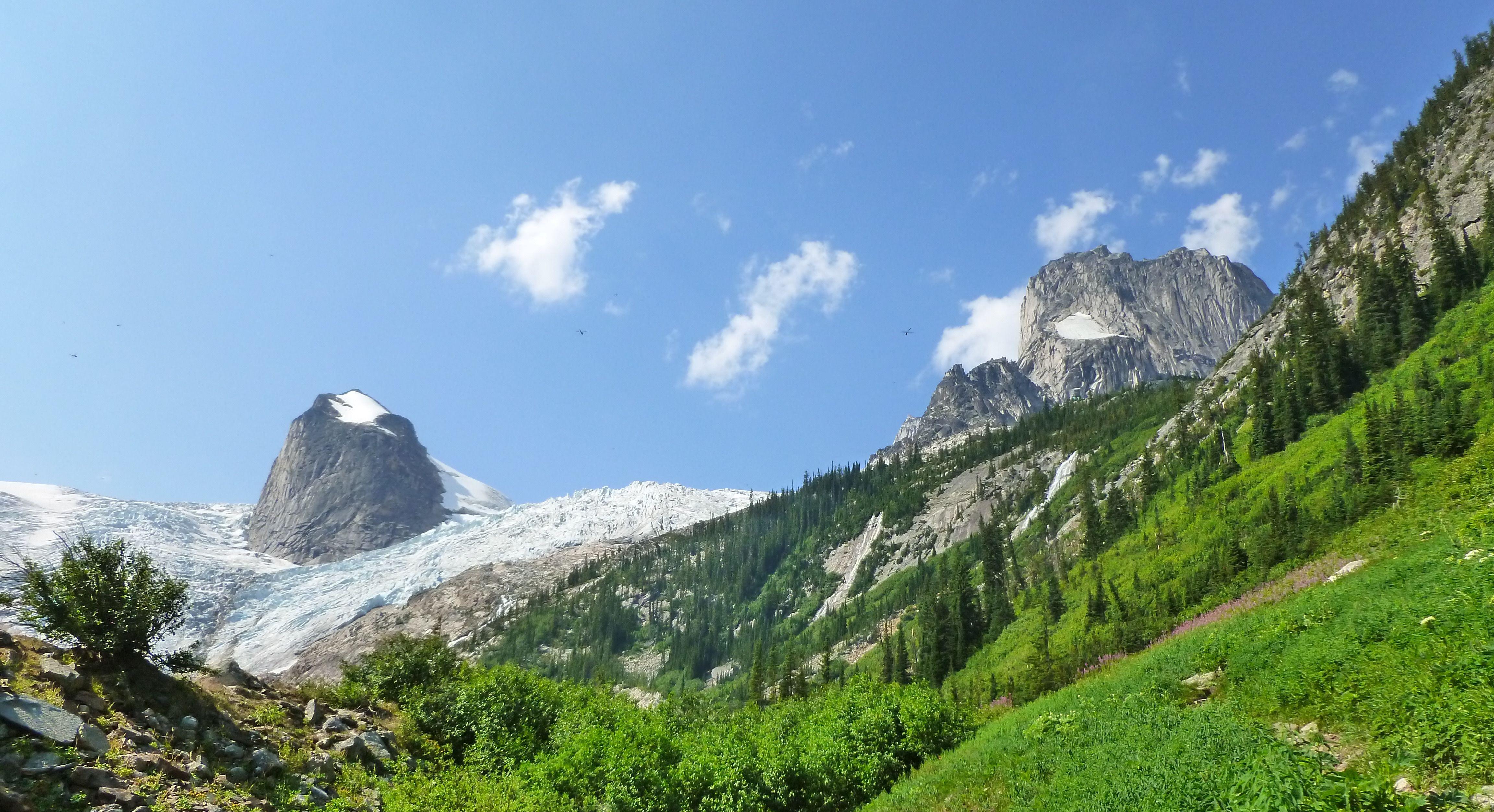 Win A Trip To Women's Alpine Camp With Sarah Hueniken