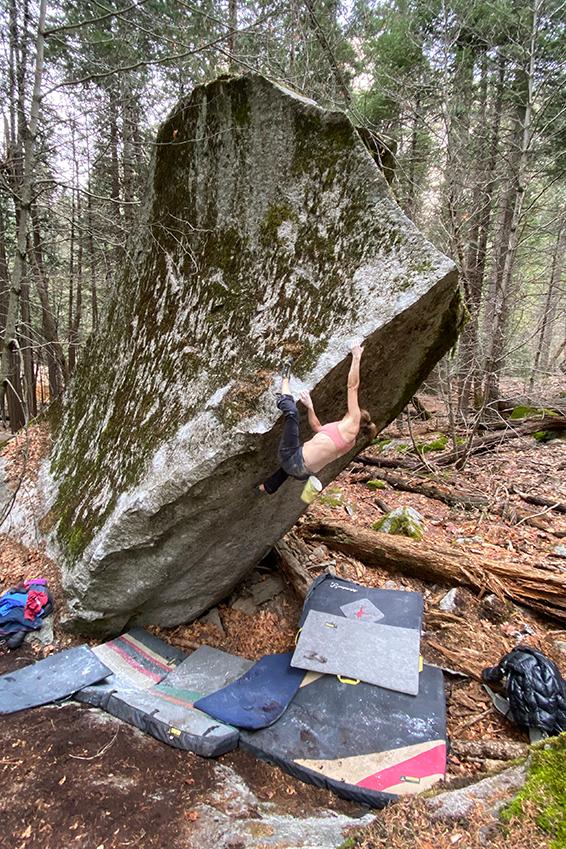 Beth Rodden bouldering